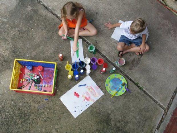 insegnare-ai-bambini-a-dipingere